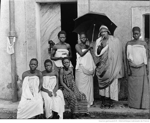 tanlistwa, photographie, Béhanzin, ses 3 femmes, ses 3 filles, 1894